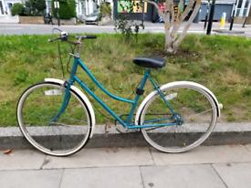 Vintage Bike - Ladies Medium Size