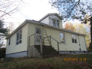Very Private - 3 Acre, 2 Bdrm, Large Unfinished Bsmt