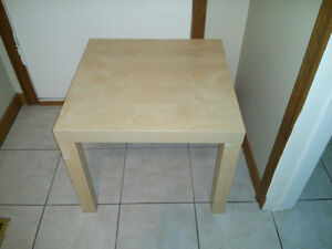 End Table in good Condition London Ontario image 1