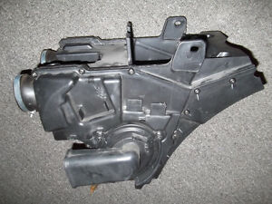 Triumph T100 OEM air box like new!