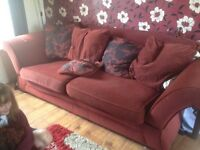 Settee suite 3+ 2 chairs
