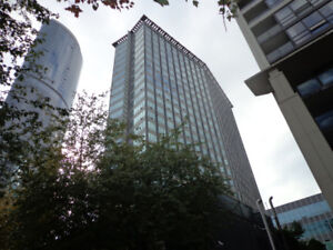 $2,500 / 1br & den- Furnished Condo for rent in downtown Vancouv