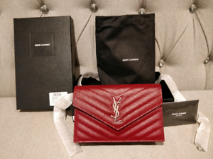NEW YSL ENVELOPE CHAIN WALLET IN RED TEXTURED MATELASSÉ LEATHER
