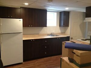 ALL INCLUDED 2 Bedroom apt. Close to UNB/STU Available Dec 1!