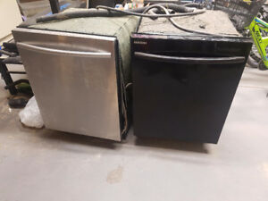 Two dishwashers only black one works