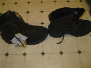 Men's Snow Boots (New)