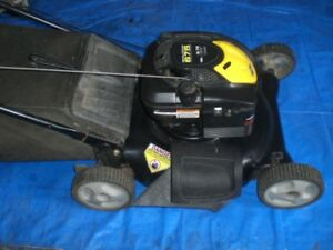 Recycled lawnmowers with bags - Harrow