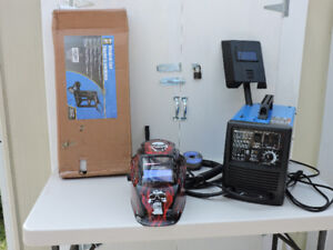 MIG/FLUX -Core Wire Feed Welder For Sale