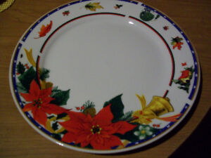 ROYAL HERITAGE CHRISTMAS DISHES