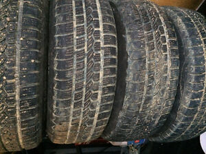 Dodge caravan winter tire for sale 215/70/15 Edmonton Edmonton Area image 3