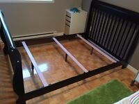 Crib  to double size bed convertible