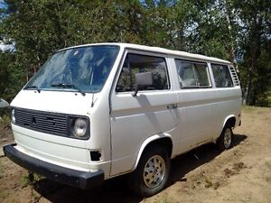 Gibbons Area - 1981 Volkswagen Vanagon (For Parts - Not Running)