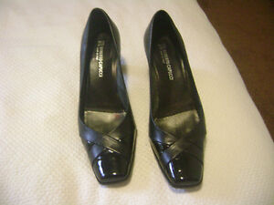 Size 8.5 Leather Shoes - New Condition