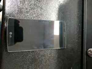 Lg g4 locked to bell. Great condition *Price drop* $250 Peterborough Peterborough Area image 3