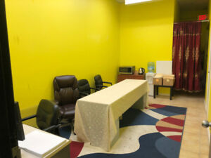 Office space available at queen street, brampton
