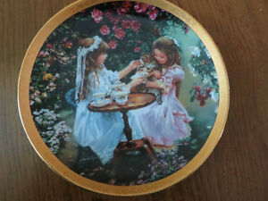 Sandra Kuck collectable plate - Tea for three West Island Greater Montréal image 1