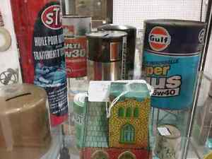 Nostalgia signs, tins, bottles, plus 600 booths to explore  Stratford Kitchener Area image 8