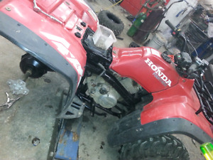 Honda 300 4x4 4trax parts wanted !!