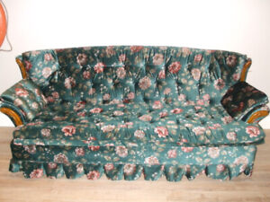 Retro Couch, Love Seat & Chair Set
