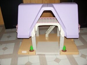 Little Tikes doll play house