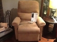 Lift chair in great condition