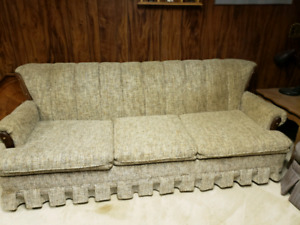Vintage Couch in good condition