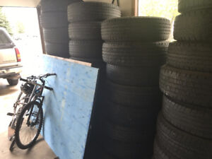 225 / 75 R-16 ( SET OF 4 ) ALL SEASON / USED TIRES /