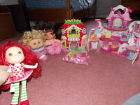 Toy Lot-My little pony house, Strawberry house, Dora, CPD, & SSC