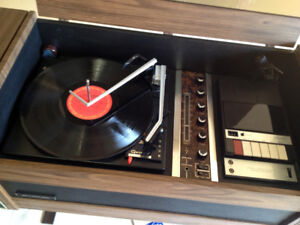 SUPERB Mid Century Mod Silvertone Phonograph Stereo SEE VIDEO