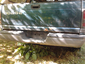 99 DODGE RAM Parts parting out