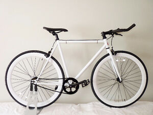 *Cadre Chromoly* Fixie / single speed Neuf  55/58 cm fixed gear