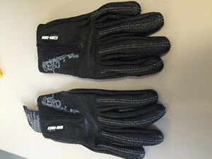 Can Am Ladies Brand New Leather Gloves