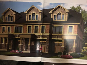 luxury townhouse in heart of woodbridge assignment sale