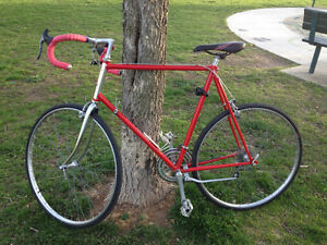 Mint Condition Raleigh Grand Prix Road Bike