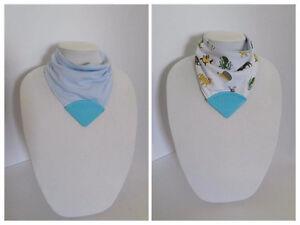 Reversible teething bibs (3 colors available)