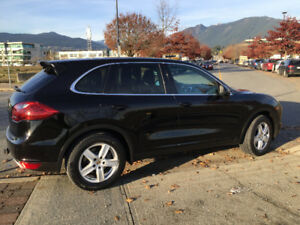 2012 Porsche Cayenne-Excellent Price,Lady Driven,Great Condition