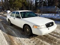 2008 Ford Crown Victoria! Must go!