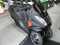 Peugeot Metropolis 400cc Scooter 3 wheel 2017 NEW MODEL RXR ABS TRACTION CONTROL