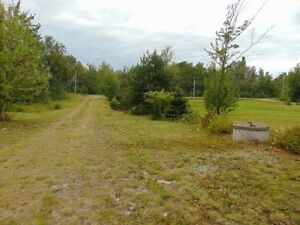 1.52 ACRE LOT/WELL/SEPTIC/SURVEYED/DRIVEWAY/SHED IN WATERVILLE