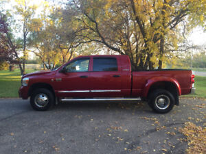 2007 Dodge Power Ram 3500 Larime Mega cab diesel!!