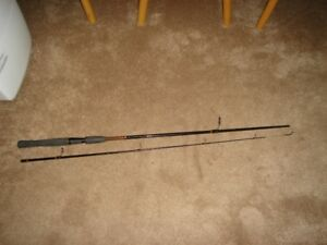 SHAKESPEARE UGLY STICK SPINNING ROD
