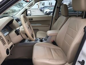 2010 FORD ESCAPE XLT * LEATHER * POWER GROUP * EXTRA CLEAN London Ontario image 14