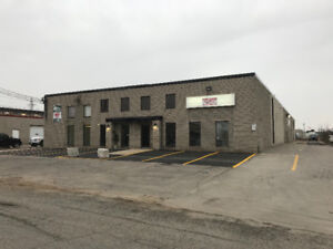 Commercial building approx 14,000 sq ft