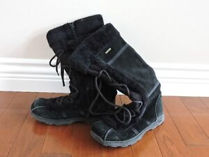 Women's Black Bum Boots For Sale