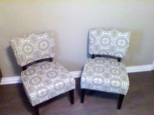 Accent chairs 2