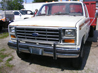 1984 Ford F-350 FLAT BED DUMP WITH RACKS