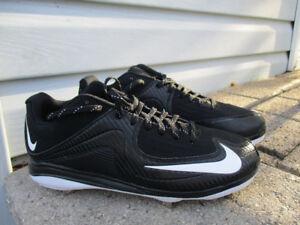 nike base &softball shoes