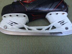 Ccm hockey skates Cambridge Kitchener Area image 4