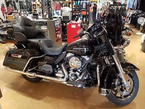 2016 Harley Davidson Ultra Limited. Under 1000km. Save thousands