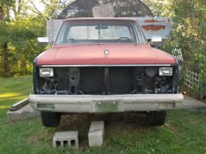 81-87 GMC /CHEVY PICKUP !!!! 350ci